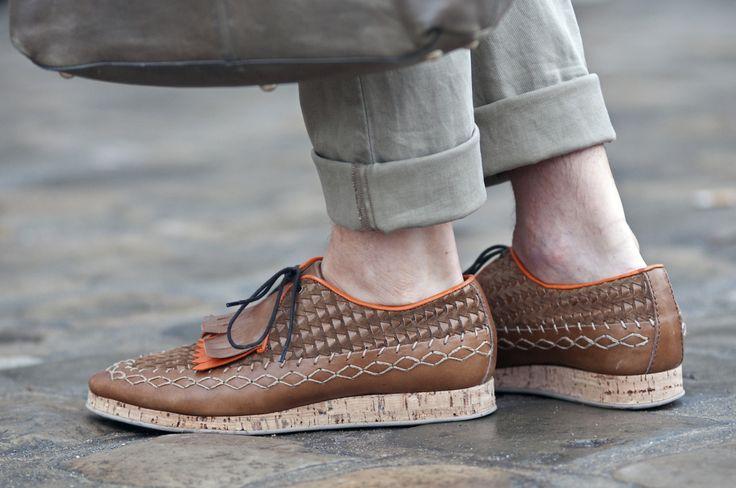 Burberry Prorsum cork soled tribal shoes http://www.fashionising.com/trends/b--tribal-ethnic-trend-springsummer-2009-1566.html