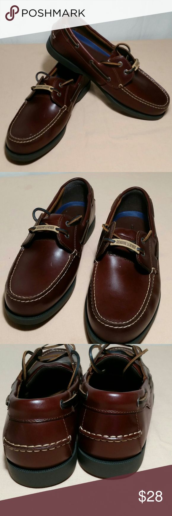 Dockers Boat Shoes Brown Size 11 Handsome DOCKERS brown boat shoes.  This pair of boat shoes, are a size 11.  This pair of DOCKERS Boat  Shoes are in excellent like new condition. Dockers Shoes Boat Shoes