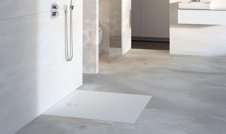 Geberit firma una nuova superficie per doccia dal design moderno, delicata al tocco, ma anche resistente e antiscivolo. Pronta per essere installata.