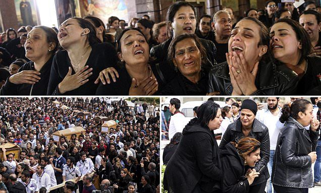 Mass funeral is heldfor victims of suicide bombing in Tanta, Egypt