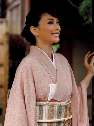Yuri Ebihara. 蛯原友里  #kimono