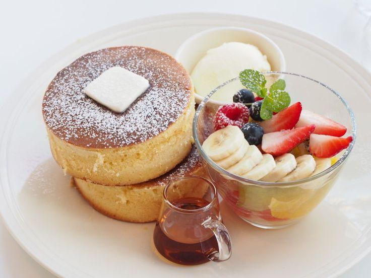 大阪 富田林 6cmオーバーのボリューミーで美味しいホットケーキ オニジャス コーヒー ヴィレッジ! : スイーツハンター月ウサギの食べ日記