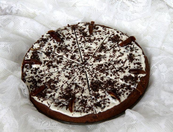 Bezlepkový datlovo-mandlový koláč - Testováno na dětech
