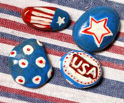 Dollar Store Crafts » Blog Archive » Make Patriotic Tablecloth Weights. Would be good for graduation party also