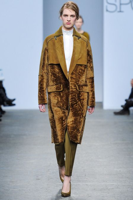 sportmax fw13   love this coat, the color not so much but the style is awesome