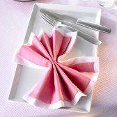 tuyaux pliage de serviette en papier en forme de noeud papillon. Black Bedroom Furniture Sets. Home Design Ideas