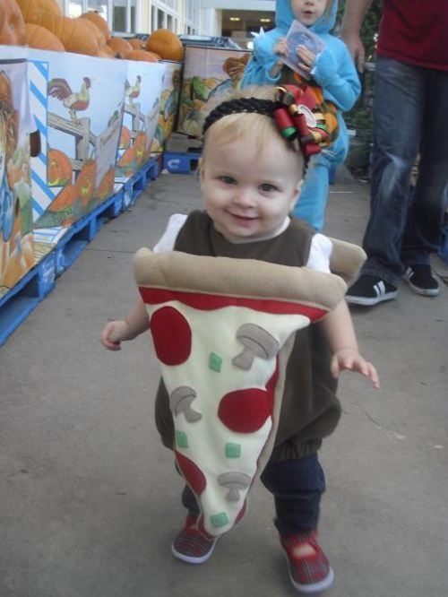 how to make a pizza costume