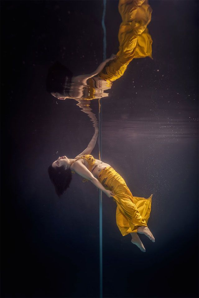 Underwater Dancing Photography-3 – Fubiz™
