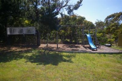 5 Bedroom Surfcoast Holiday Rentals on the Great Ocean Road, accommodation and holiday homes in Torquay, Anglesea