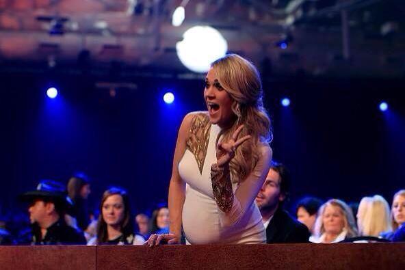 Cute pregnant Carrie Haha!