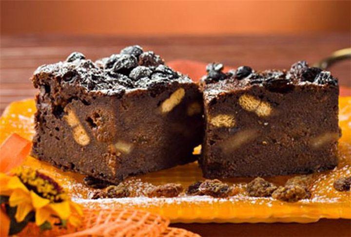 Υγρό κέικ σοκολάτας με μπισκότα με 5 υλικά χωρίς αλεύρι! - Filenades.gr
