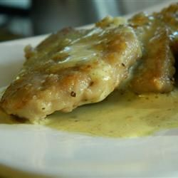 Creamy Pork Scaloppini Recipe - If you want to try a unique Italian dish that's authentic and rustic, but not too complicated, this one's for you. Pork fillets are cooked until golden and crispy on the outside, then covered with a rich, creamy sauce. Superb! A perfect dish for entertaining, too. Serve with mashed potatoes, or make extra sauce and serve over pasta. #food