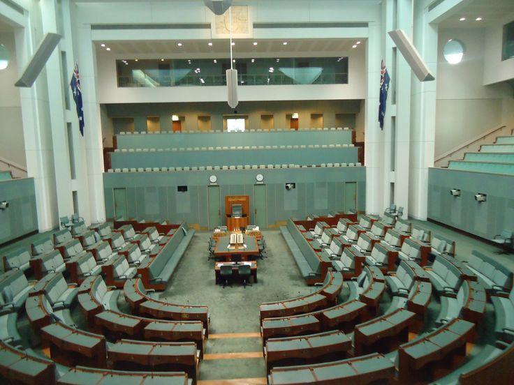 Australian_parliament_inside