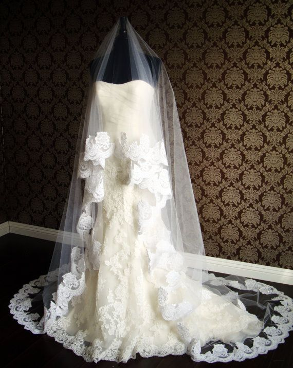 Cathedral Length Lace Circle Drop Veil Floating With Thick Border Edge Flower Petal