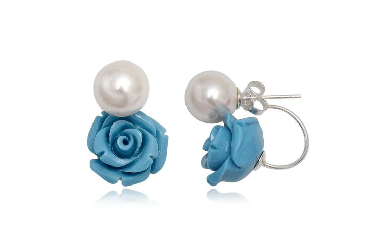 http://www.lafemmecoquette.ro/cercei-in-stil-dior-cu-trandafir-bleu/