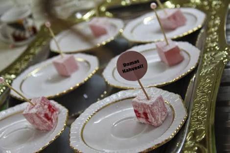 evde nişan töreni ikramları ile ilgili görsel sonucu