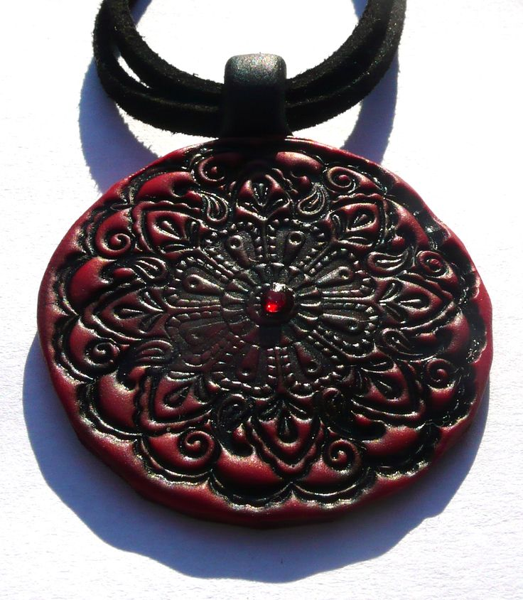 Red and black mandala necklace - polymer clay