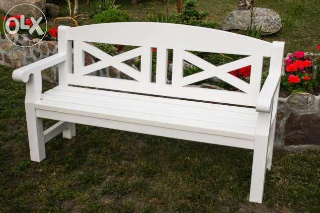 700 zł: Przedmiotem aukcji są:   Ławki drewniane wykonane z drewna olchy   Meble masywne,  starannie i estetycznie wykonany z dbałością o każdy szczegół. Połączenia elementów na gniazdo-czop + klej poliuretan...