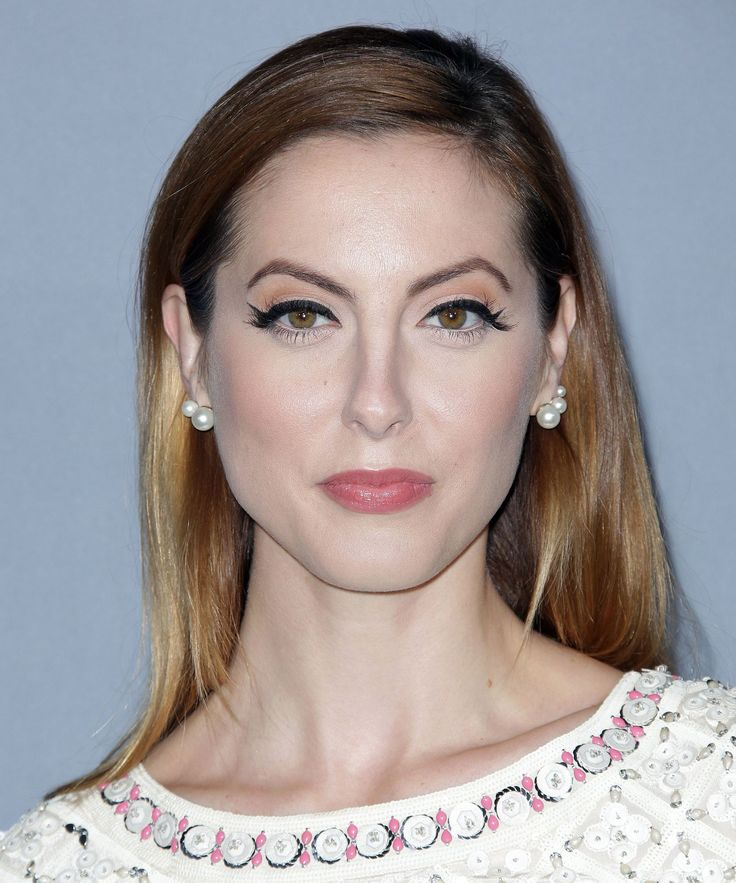 Actress Fires Sexting Nanny Blog | You need to read actress Eva Amurri Martino's account of her crazy nanny. #refinery29 http://www.refinery29.com/2016/02/104290/actress-blogs-about-firing-nanny-sexting-husband