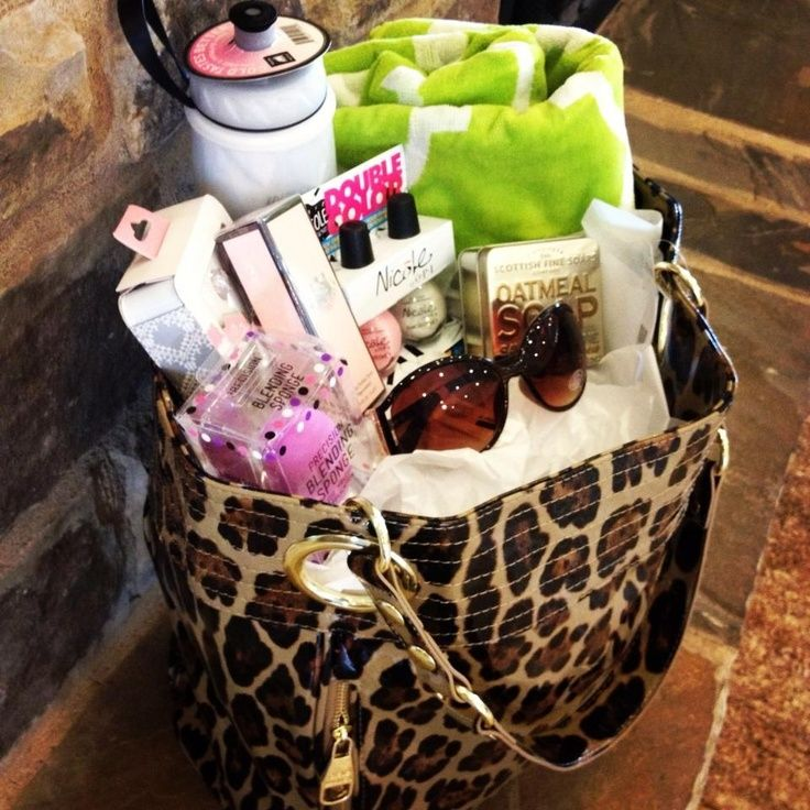 17 best images about easter basket ideas on pinterest gift cards cute gift i like using a tote or bag instead of basket sometimes negle Gallery