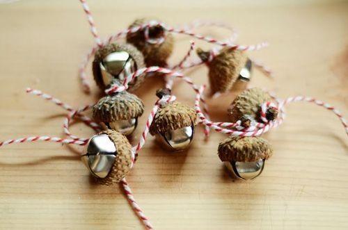 Acorn bells