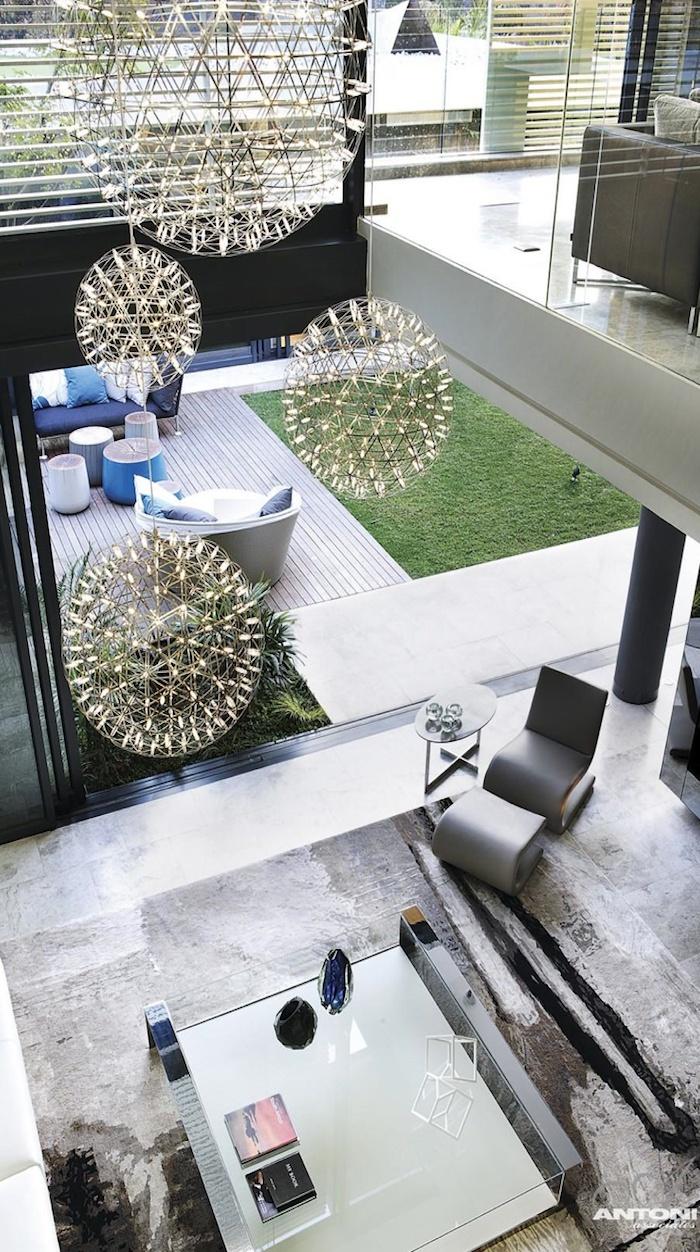 ANTONI ASSOCIATES  love the ceiling lamps