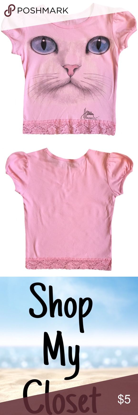 🌟New Listing🌟 Girl's Short Sleeve Shirt ◾️Gently used girl's short sleeve kitty shirt                                                                                   ◾️Tags have been removed but the size is 5/6                                                                   ◾️Bundle and Save Shirts & Tops Tees - Short Sleeve