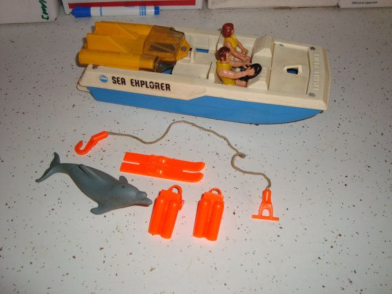 Fisher Price Adventure People Sea Explorer set.  I swear I had this, too.  Jeez, did my mom buy all of these?
