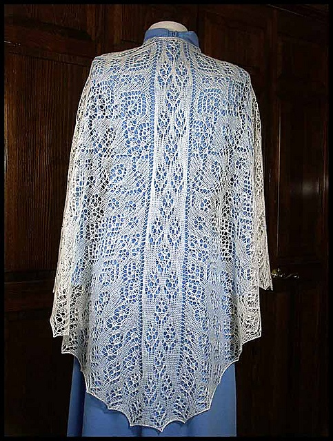 Knitting Patterns For Lace Yarn : 25+ best ideas about Lace shawls on Pinterest Scarf crochet, Crocheting and...