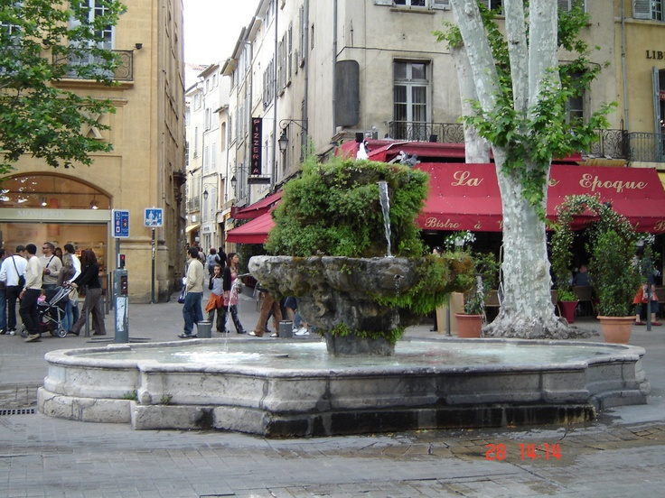 Another fountain, Aix-en-Provence, France.