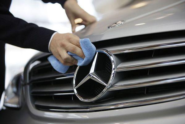 Servisní služby Mercedes-Benz