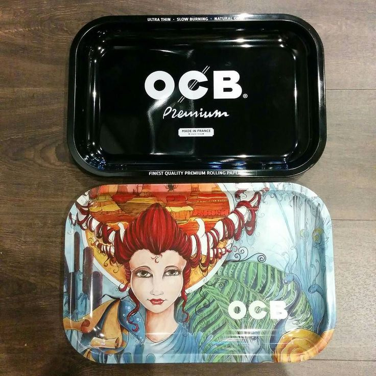 Keep it all together in style! No more crumbs on the carpet -  New OCB rolling trays! #thefriendlystranger #qwcc #queenwestclassicsclub #cannabiscultureshop #toronto #marijuana #rollingtray #ocb #elf #cannabis #smokeweedeveryday #its420somewhere #hotboxtheinternet #canadianstoners #6ix #staylifted #smoke #toke #rollers #joints #staymedicated #keepitgreen