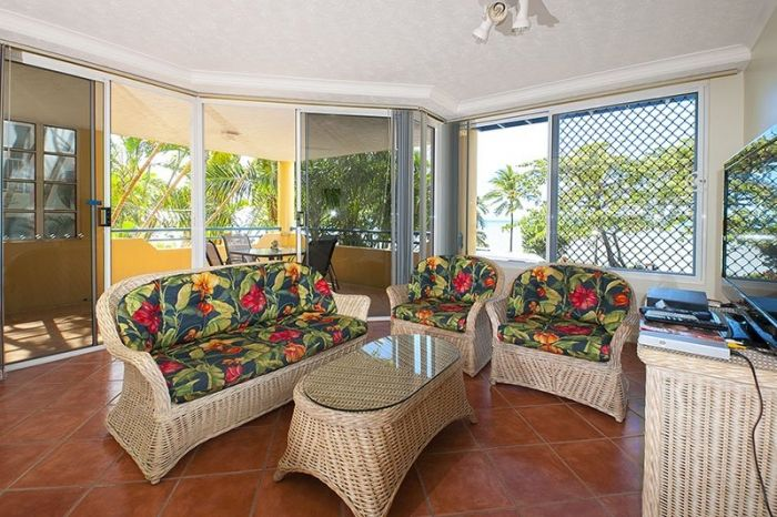 Imagine Yourself Here.. 8| 🌴🌴🌴 See how FNQ Apartments offers the best of Trinity Beach Holiday living.
