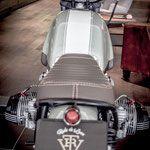 """BMW R65 Jg. 1982 VTR Customs Low Ride- Brat Style 865ccm Big Bore Kit, Keihin FCR39 Flachschieber, Nockenwelle Zyl. Kopf überarbeitet, Digitale Zündung VTR made 2in1 Auspuff Anlage """"hängt"""" brutal am Gas und geht auf's Hinterrad ohne Kupplung ... Lenker Armaturen """"Racing"""" gestrippt Tiny Tacho mit Custom Zifferblatt & Zeiger im Tank versenkt Rücklicht im Heckrahmen integriert ÖHLINS Black Line Dämpfer und Gabelholmen DLC schwarz beschichtet Ultra Clean Look, Vint..."""