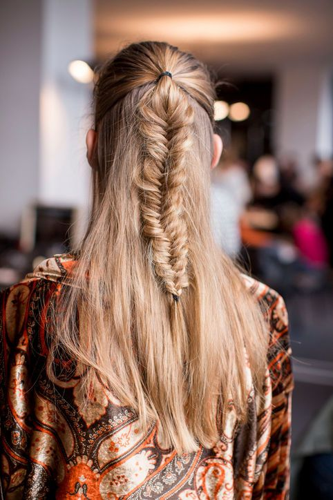 Date-Night Hair Idea: Etro's Messy Fishtail Braid Take your run-of-the-mill half-up hairdo to the next level with a fishtail braid. Watch this DIY hair tutorial from our beauty editor-at-large Theodore Leaf to master the look with ease.