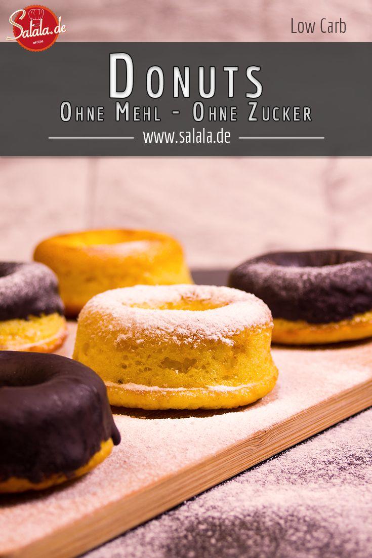 Die Low Carb Donuts waren mal wieder ein Zuschauerwunsch. Ausnahmsweise sogar mal einer, der noch gar nicht so lange her ist. Und ich weiß sogar *ausnahmsweise* noch, von wem! ComedyCreed auf YouTube, einer unserer geschätzten Regulars hat sich die Donuts unter dem Video der Himbeer-Quark-Torte gewünscht!