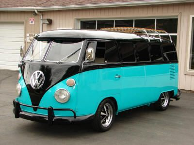 1967 Volkswagen 7-Passenger Deluxe Bus - love the color scheme, especially the black bumper.