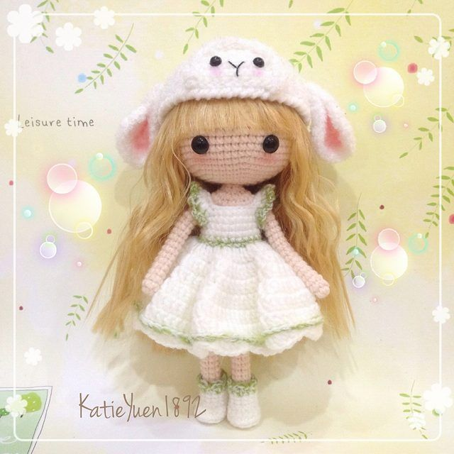 Instagramのメディアkatieyuenlj  - ❤彼女の羊の帽子と萌萌羊❤スウィート少女❤#amigurumidoll #amigurumi #adorable #addicted #amigurumis #crocheting #crochet #cute #doll#häkeln#haken #hobby #handmade #handcraft #diy #kawaii#糸#yarndollの#钩针