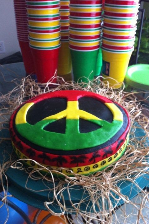 rasta cake | Tumblr (Idea to combine red, yellow, green & black cups, for a beach party)