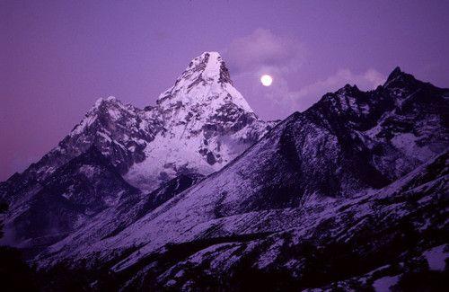 Moonrise in purpleHimalayas Mountain, Ama Dablam, Purple Mountain, Colors Purple, Ama Dablan Moonrise, Mio Blog, Things Purple, Purple Nature, Mountain Majesty