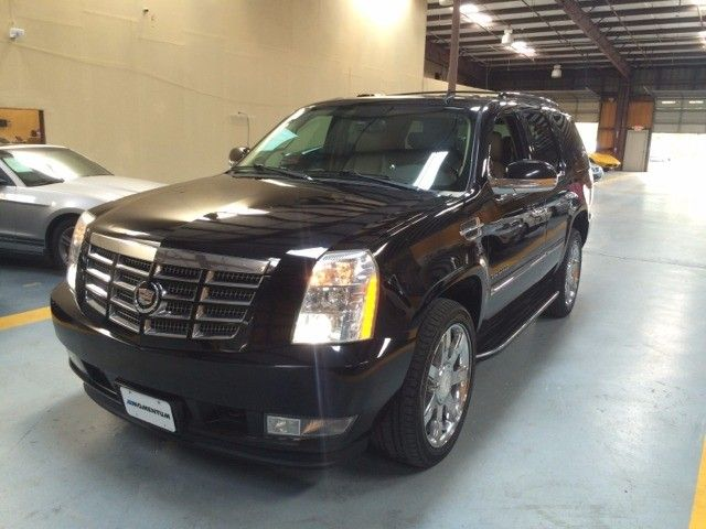 2010 Cadillac Escalade AWD 4dr Luxury - Inventory | EZ KEYS AUTOS| BUY HERE PAY HERE| IN HOUSE FINANCING HOUSTON TX|