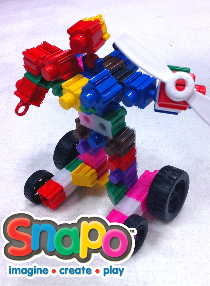 "Behold the mighty Snapo-man, created using a new building toy called ""Snapo"" that latches sideways as well as up and down.    http://kohdokstoyreviews.blogspot.com/2013/02/new-york-toy-fair-day-4-spin-master.html"