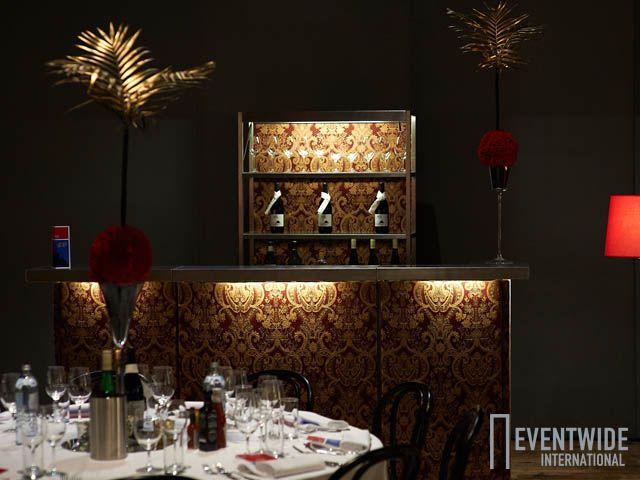 Die kleine Eventwide Bar Versailles schafft nobles Ambiente!