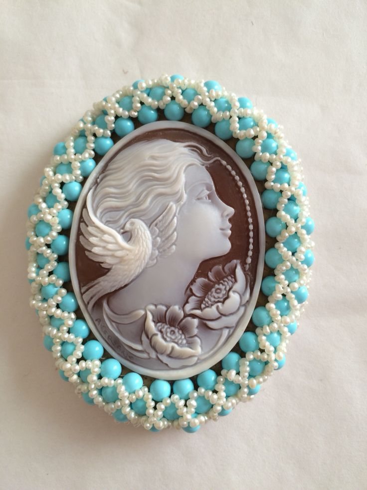 Cassis Madagascariensis Shell,turquoise and FW Pearls