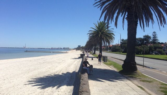Albert Park Beach and cycling route