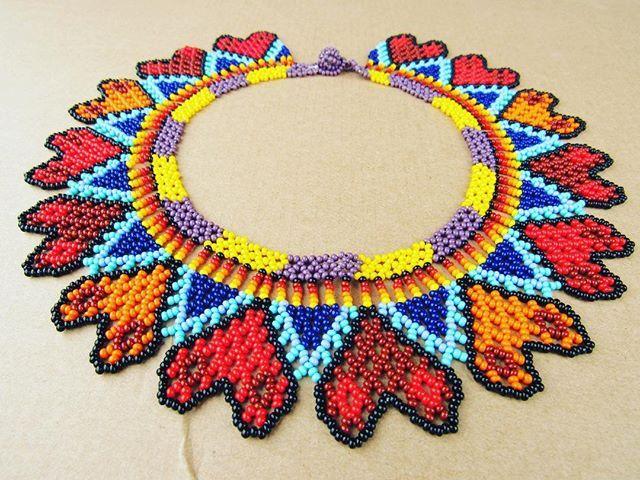 Collar #indigenas #colorful #commentforcomment #newyork #moda #mostacilla - See this BestofInsta photo by @arte_embera