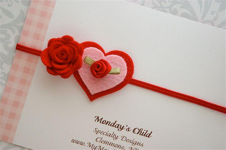 Marca páginas corazón y rosa