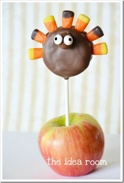 Thanksgiving Turkey Treats—Oreo Pops
