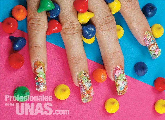 Diseño uñas (nails): Detalles que te conquistan Trabajo de: Nails  Técnica Master de Lady Nail: Miriam Aranda Modelo: Alexi Cenllace Salas Nivel de trabajo: Avanzado Retoque en: 3 semanas Evento: Quince años y Graduaciones