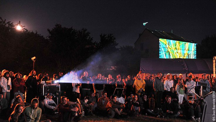 """Cinéma de plein air, dans une grange ou une forge... c'est le Festival du Film court """"Partie(s) de campagne"""" à Ouroux-en-Morvan !"""